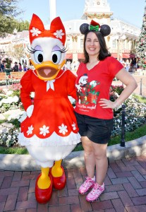 Disneyland Holiday Character - Daisy