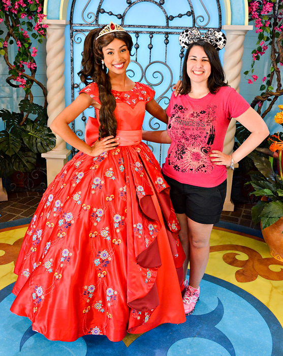 Disneyland Holiday Character - Elena
